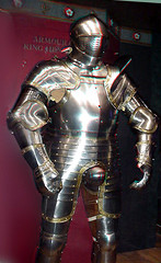 Happy Henry the Eighth's armor in Anachrome 3D (sharper3d) Tags: 3d king large stereo armour jousting henryviii eighth codpiece anachrome platearmour museumdisplay closedhelmet towerlondonarmory