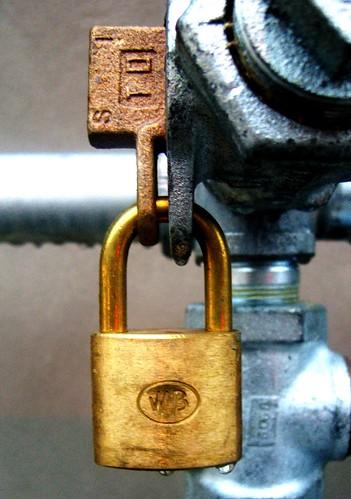 locked steel