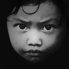 Sioukin (Wen Nag (aliasgrace)) Tags: portrait blackandwhite bw girl face 1025fav wow person eyes child quality 2550fav soul abigfave portraitclassicshalloffame