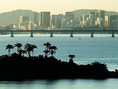 DSCF4193 copy (SantaRosa OLD SKOOL) Tags: home riodejaneiro sunrise ilhadogovernador alvorada amanhecer praiadabica