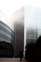 Hades (Iliuţă) Tags: paris fog smog brouillard ladéfense cnit grandearchedeladéfense