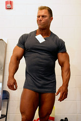 Gary Strydom 2006 Colorado Pro - Backstage (Pete90291) Tags: pecs muscles arms muscular chest bodybuilder biceps abs quads musclemen ifbbpro probodybuilder garystrydom ifbbbodybuilder professionalbodybuilder