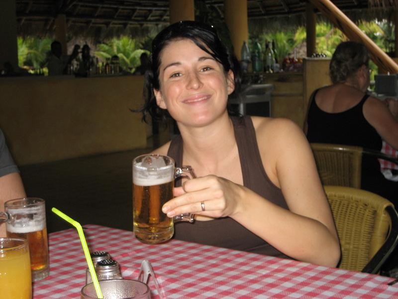 La cubana es la reina del Eden.....(fotos de bellezas en Cuba) 341596559_c18be24da3_o
