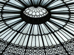 Edinburgh Waverley - ticket hall roof - by Yersinia