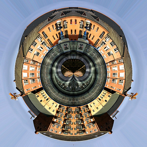 Miniplanet: Leeds Bridge