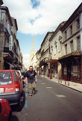 Castillon-la-Bataille (point & hope) Tags: france dordogne 1999 castillonlabataille