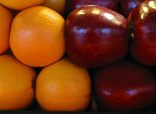 Dealer financing may sound tempting, but dont compare apples to oranges (photo: flickr.com)