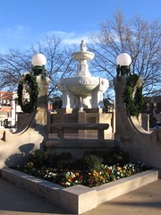 Paris plaza fountain