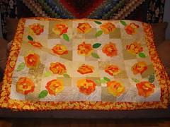 Bull's Eye Flowers quilt 1