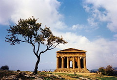 Agrigento temple (kimbar/very busy, in and out) Tags: italy beautiful temple perfect predigital sicily agrigento newlight festivalitaly