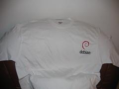 Tshirt_debian
