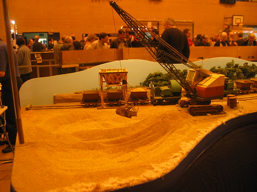 16mm sand pit