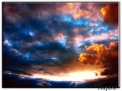 A Sunset For You (RayDS) Tags: pictures travel sunset sky colors clouds photo nuvole foto sony cielo dsc hdr h5 abigfave rayds wowiekawozie