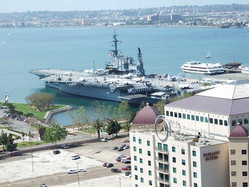 サンディエゴは海軍の拠点