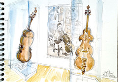 Niort, Musée Bernard d'Agesci, salle Auguste Tolbecque (Croctoo) Tags: niort musée agesci croctoo croquis croctoofr crayon aquarelle watercolor violon violoncelle