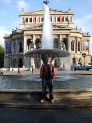 Frankfurt Germany (briinums) Tags: house water fountain germany frankfurt