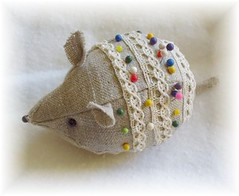 Mouse pincushion (minoridesign) Tags: mouse handmade pincushion