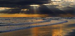 El gran ojo (pericoterrades) Tags: bravo searchthebest playa puntaumbria blueribbonwinner magicdonkey pericoterrades instantfave specland playadelabota mywinners abigfave marikedada marikedadas anawesomeshot