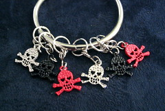 Jolly roger stitch markers