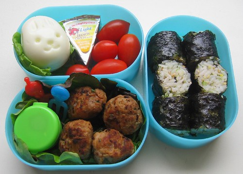 Meatball lunch for toddler