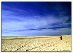 Choose your way (alonsodr) Tags: beach andaluca bravo searchthebest quality sony huelva playa alonso labota magicdonkey alonsodr outstandingshots specland alpha100 abigfave colorphotoaward superaplus aplusphoto superbmasterpiece goldenphotographer