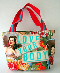 Love Your Body (lorimarsha) Tags: red color art love fashion diy clothing rainbow heart recycled ooak lori accessories bags handbags handbag purses tote mente inspiracion oneoff energia deconstructed reciclar lms crear accesorios allcolors fullspectrum redesigned explore91 nuevasideas lorimarsha threelittlewords refindgoods msh0110 msh011015