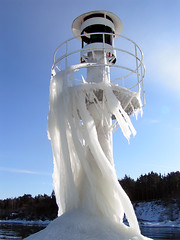 Lighthouse (Whlin) Tags: lighthouse cold ice bravo explore fullhouse jnkping faved supershot naturesgallery 2pair impressedbeauty frhwofavs 100commentgroup