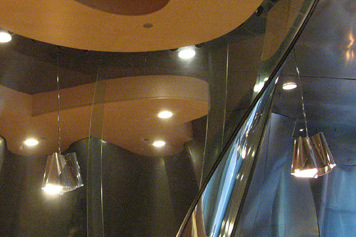 02-22 Gehry cafe
