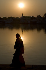 Sunset on the Pushkar lake (Dick Verton ( more than 12.000.000 visitors )) Tags: itsonginvite travelindiapushkar