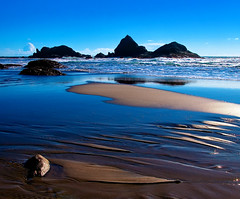 Shore Harmonics (| HD |) Tags: usa seascape 20d beach nature oregon canon landscape hd harris darwish hamad brookings abigfave