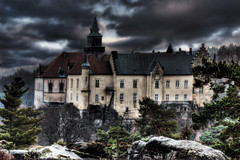 Hruba Skala chateau from Marianska Vyhlidka - High Dynamic Range (Stevacek) Tags: sky clouds d50 nikon bravo rocks czechrepublic chateau hdr republika czechparadise zamek ceska skaly mraky obloha ceskyraj bohemianparadise hrubaskala tthdr marianskavyhlidka