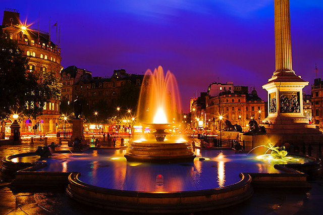 Trafalgar Square by kayodeok