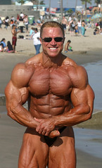 Gary Strydom 2006 Venice Beach CA (102) (Pete90291) Tags: pecs muscles arms muscular chest bodybuilder biceps abs quads musclemen ifbbpro probodybuilder garystrydom ifbbbodybuilder professionalbodybuilder
