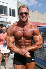 Gary Strydom 2006 Venice Beach CA (107) (Pete90291) Tags: pecs muscles arms muscular chest bodybuilder biceps abs quads musclemen ifbbpro probodybuilder garystrydom ifbbbodybuilder professionalbodybuilder