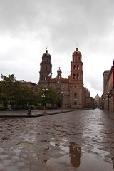 Catedral, San Luis Potos (gonzaloh) Tags: reflection church rain mxico d50 mexico lluvia nikon cathedral pluie catedral nikond50 cathdrale reflet reflejo latinoamerica mexique baroque mexiko messico barroco slp charco sanluispotos meksiko  meksyk   mexik  gettyimagesmexico