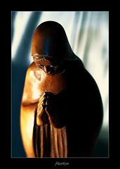 Silent (fRanKon) Tags: wood advent maria hans holz figur ilmenau skulpture frankon diehn