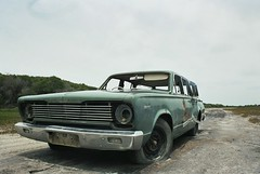 Autodump (arneheijenga) Tags: car victoria wreck australie drieduplake