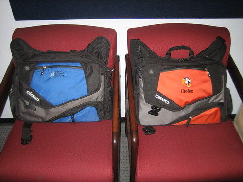 IE and Mozilla bags