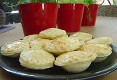 Curry mince pies