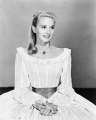 Eva Marie Saint (Mig_R) Tags: old portrait bw cinema monochrome saint marie portraits vintage eva antique historic retro collection actress 1958 historical evamariesaint hollywoodmovies raintreecounty fawbs 800fawbsg80