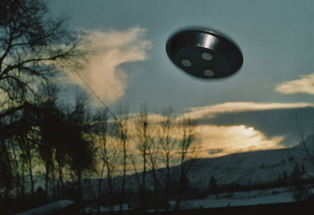 Real alien spaceship sightings