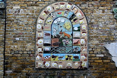 fry up animal tiles - Freightliners Farm (xtinalamb) Tags: food london wall breakfast pig cow sheep goat tiles islington londonguessed fryup cityfarm eggsandbacon gwl freightlinersfarm childrensartproject youguessedmerolyatam