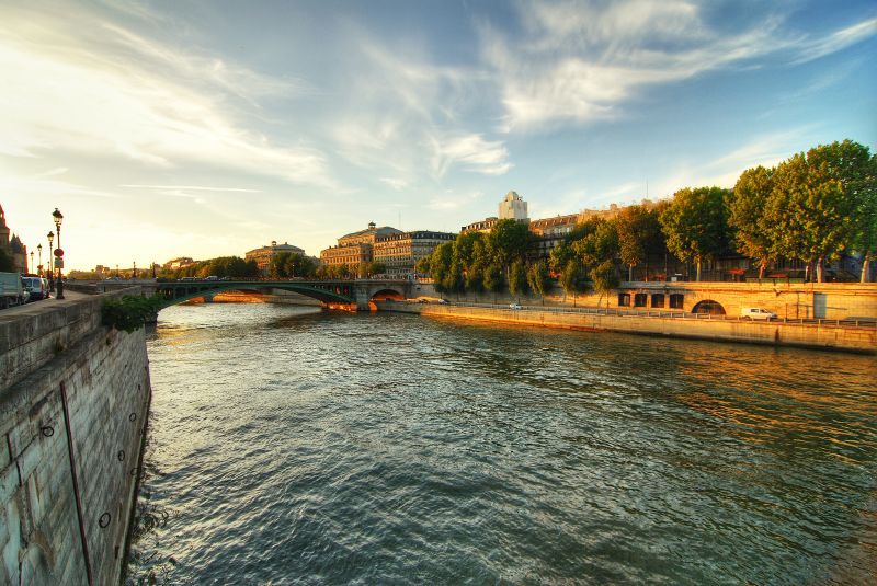 Seine Embankment. Photo courtesy cuellar on Flickr.