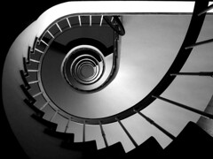 staircase safari (spanier) Tags: blackandwhite bw white black bike wheel vertical architecture stairs germany dark spiral stair shot geometry topv1111 hamburg case safari staircase german round upskirt form verticalshot