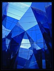 Blau marí - by Lhoretsë