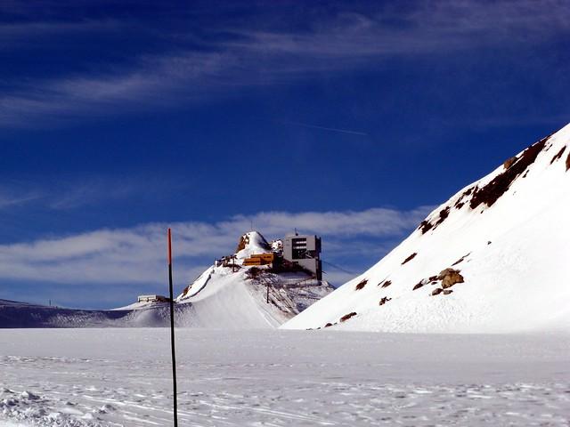 Glacier 3000 Telecabine building