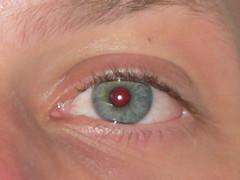 E.: azul com ligeiro halo mais claro?