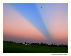 Miracle on Sky (Araleya) Tags: light sunset love home nature beautiful wonderful thailand lumix fz20 twilight ray searchthebest dusk joy peaceful happiness panasonic serenity passion magicmoment phenomena aroundhome anticrepuscular lightbeam iloveit nonthaburi supershot araleya instantfave specnature moent anawesomeshot pdpnw bangbuathong anticrepuscularray