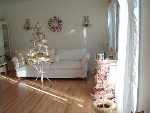 xmas pink room