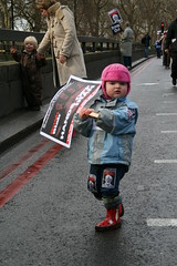IMG_7465 (T@H!R - ) Tags: uk pakistan afghanistan skull march mask iran unitedkingdom banner protest trafalgarsquare tonyblair antiwar stopthewar protestors cnd bmi ussoldiers greatbritian britishsoldiers sigma18200mm illegalwar britishtroops ustroops canon400d notrident 24february2007 nationaldemonstration troopsoutofiraq londondemonstration bushamerican presidentiraq uktroops